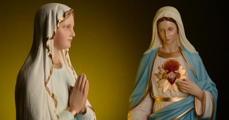 Les statues de la Sainte Vierge dans l'Italie du Sud