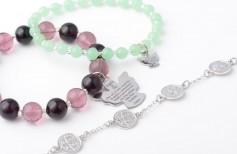 7 types de bracelets religieux à porter avec style