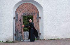 La hiérarchie ecclésiastique dans l'Église Catholique