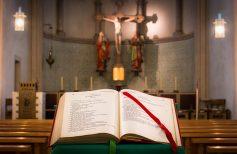 10 voiles de lutrin pour votre église