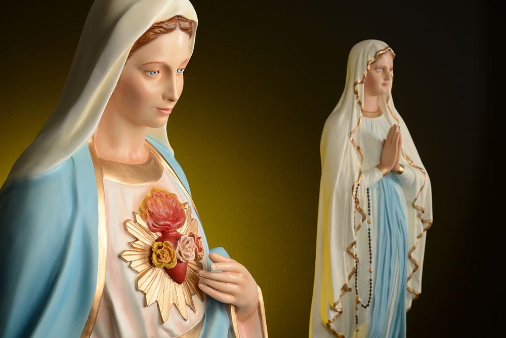 Les statues de la Vierge Marie